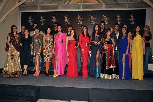 Ameesha Patel, Kanishtha Dhankhar, Preeti Desai, Neha Dhupia, Lisa Hayden, Zarine Khan, Perizaad Zorabian and Raveena Tondon
