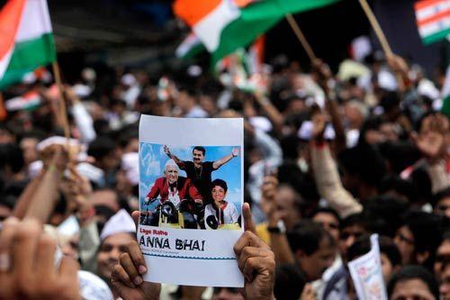 Anna Hazare supporters in Mumbai
