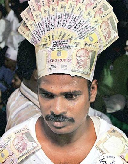 This man in Chennai join the anti-corruption fight
