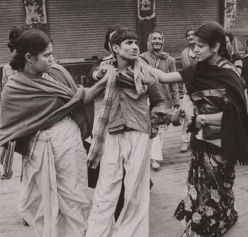 Feminist activists rough up a miscreant in Delhi in 1972
