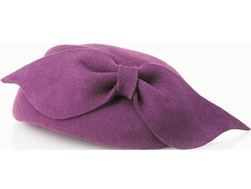 Bow woollen hat from FCUK