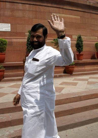 Ram Vilas Paswan arrives to attend the Monsoon Season of Parliament