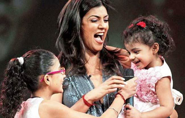 Sushmita with her daughter