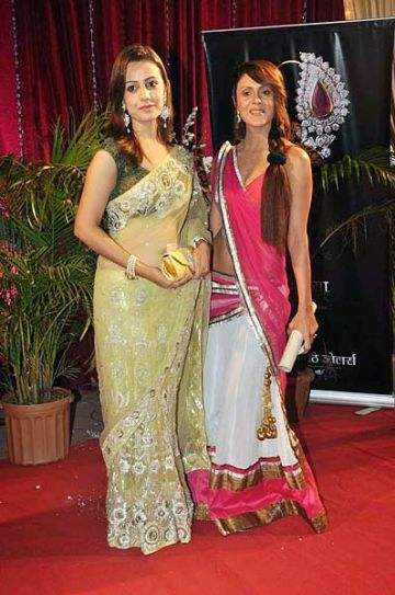 Esha Kansara with Nazneen Patel
