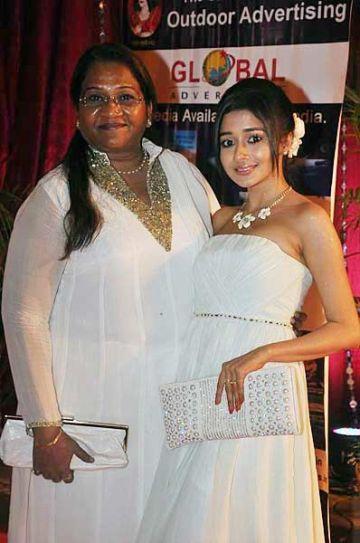 Pratima Kazmi with Tina Dutta