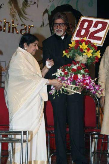 Lata Mangeshkar, Amitabh Bachchan
