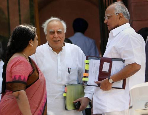Union Ministers Sharad Pawar, Kapil Sibal and Jayanthi Natarajan