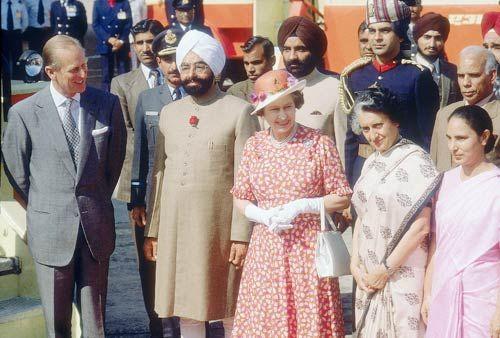 Indira Gandhi and Queen Elizabeth