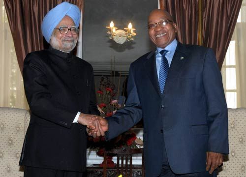 Prime Minister Manmohan Singh with South Africa President Jacob Zuma