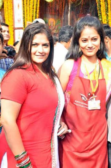 Pragati Mehra and friend