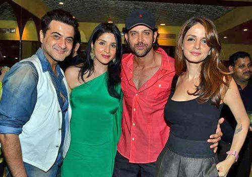 Sanjay Kapoor, Maheep Kapoor, Sussanne and Hrithik Roshan