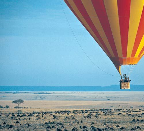 Ballooning safari in Africa