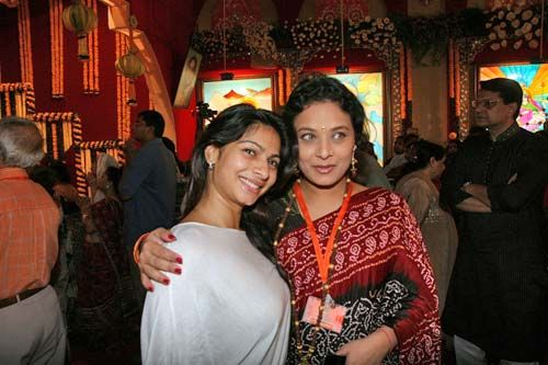 Tanisha and Sharbani Mukherjee