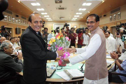 Shivraj Singh Chouhan, Dinesh Trivedi
