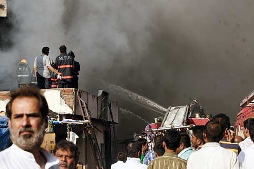 Fire tenders at Manish market