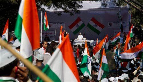 Anti-corruption activist Anna Hazare ended his day-long fast for a strong Lokpal Bill at Jantar Mantar in New Delhi.