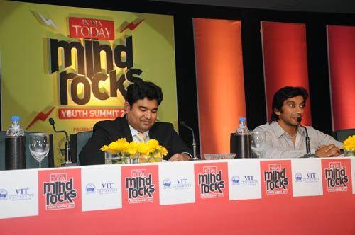 Narain Karthikeyan with Sundar Iyer
