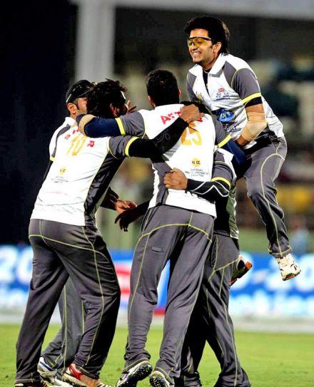 Mumbai Herores team