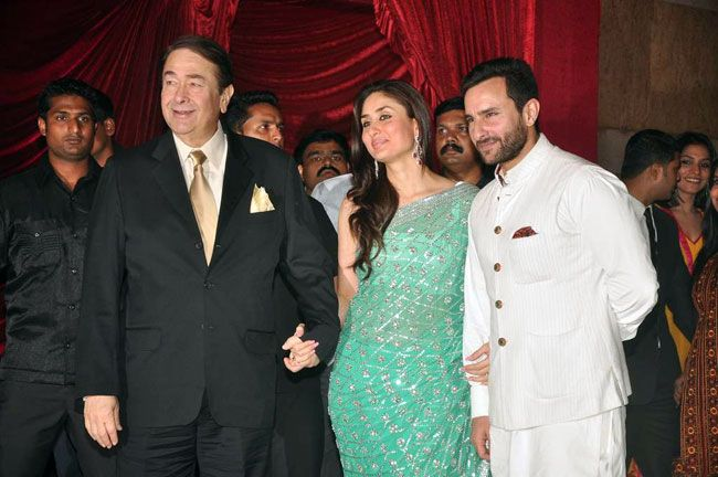 Kareena Kapoor with Saif Ali Khan and dad Randhir Kapoor