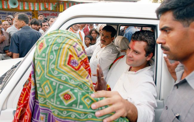 Rahul Gandhi campaiging for UP polls