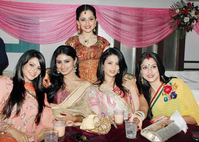 Sanjeeda Sheikh with friends