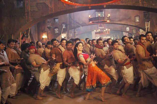 Katrina Kaif in the Agneepath item dance, Chikni Chameli