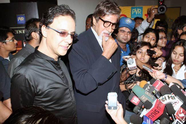 Vidhu Vinod Chopra and Amitabh Bachchan