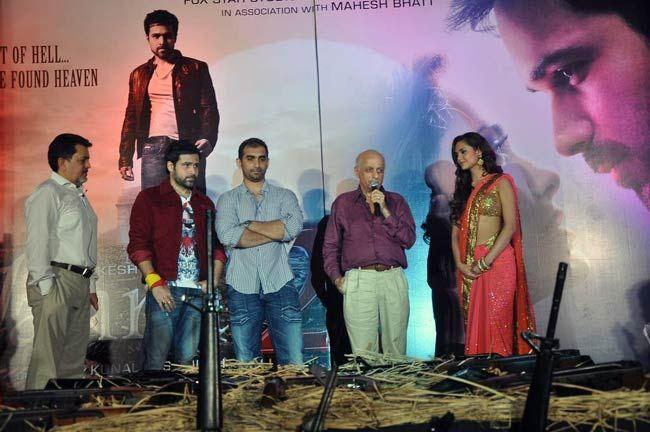 Emraan Hashmi, Esha Gupta, Mukesh Bhatt and Kunal Deshmukh