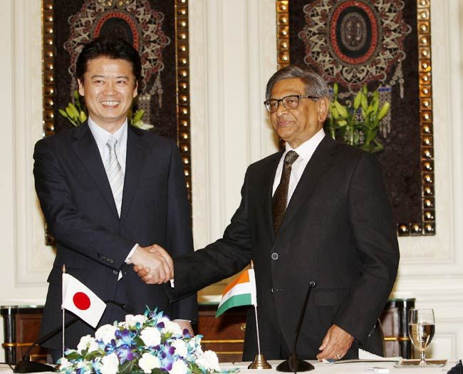 External Affairs Minister S M Krishna and his Japanese counterpart Koichiro Gemba