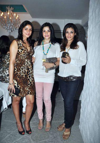 Bhavna Pandey, Maheep Kapoor and Raveena Tandon