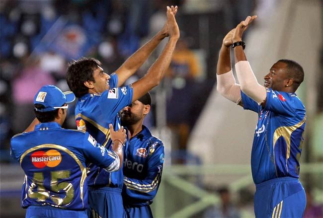 Mumbai players celebrate