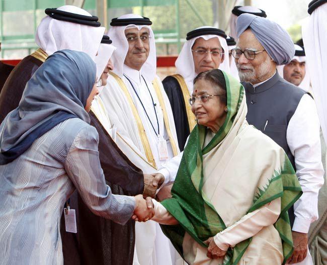 Pratibha Patil with Manmohan Singh