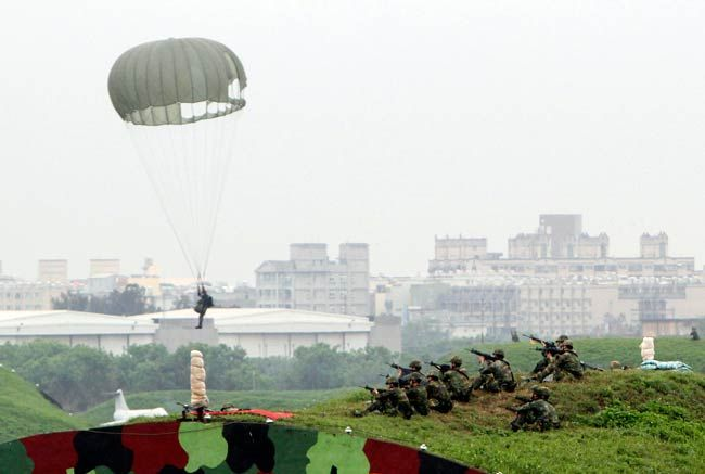 A Taiwanese paratrooper lands