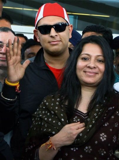 Yuvraj Singh with mother Shabnam Singh