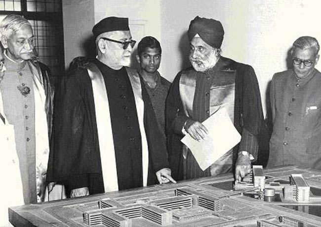 Dr. Zakir Husain (left)