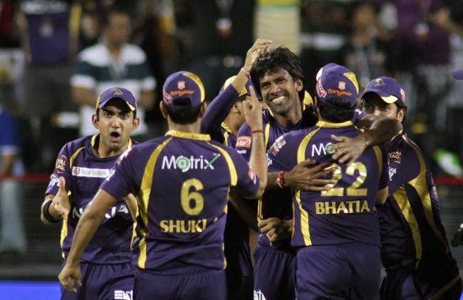 Lakshmipathy Balaji and team-mates