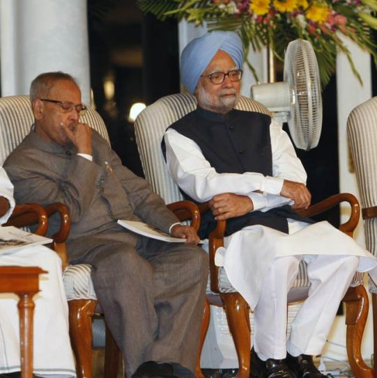 Pranab Mukherjee and Manmohan Singh