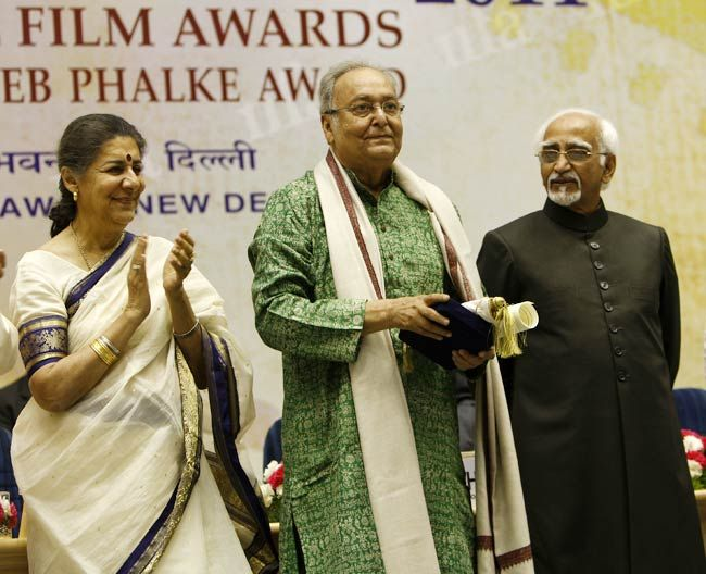 Ambika Soni, Soumitra Chatterjee and Hamid Ansari