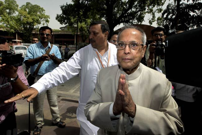 pranab mukherjee, media, parliament house