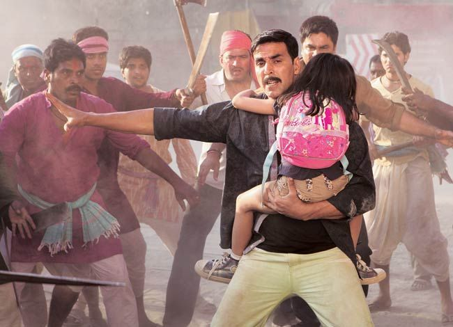 A still from the film Rowdy Rathore