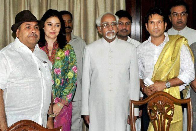 Rajiv Shukla, Anjali Tendulkar, Hamid Ansari, Sachin Tendulkar