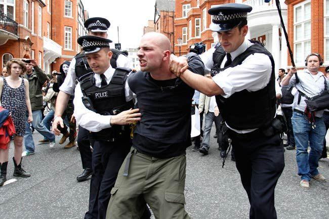 Assange gets asylum