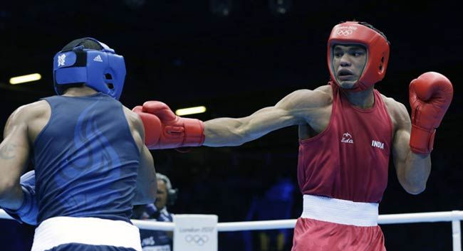 Vikas Krishan(right) and Errol Spence(left)