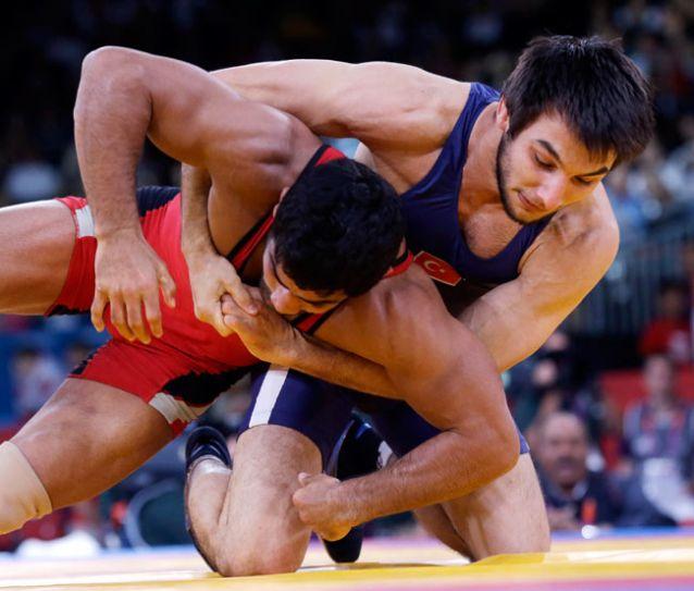 Wrestler Sushil Kumar with Ramazan Sahin.