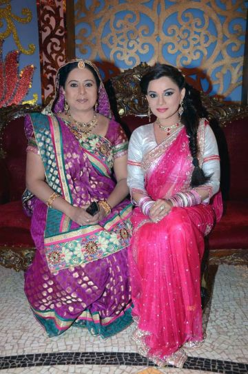 Neelu Vaghela and Kanika Maheshwari