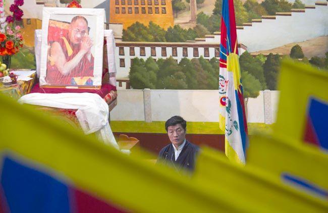 Tibetans meet