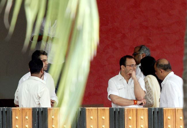 Vidhu Vinod Chopra (right) and Boney Kapoor
