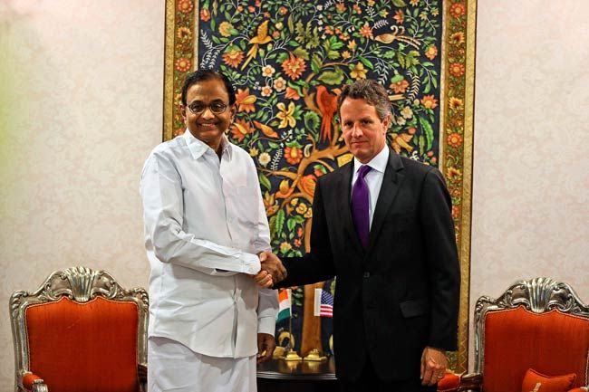 P Chidambaram with Timothy Geithner