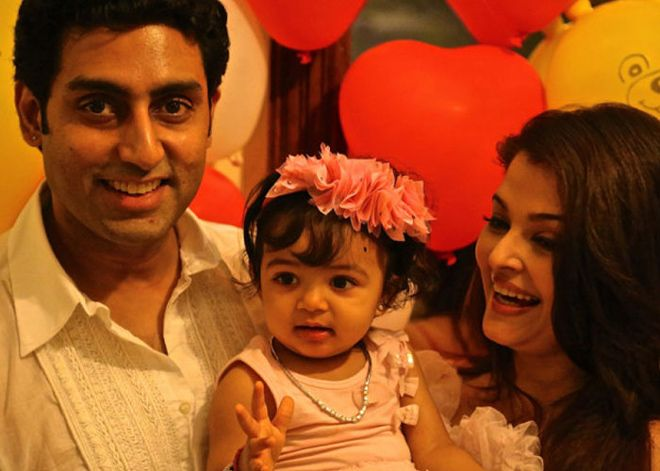 a371ce029b22 Daddy's girl Aaradhya's first b'day pics | IndiaToday