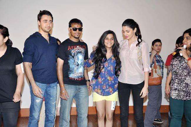 Imran Khan and Anushka Sharma at IIT Mumbai's cultural fest